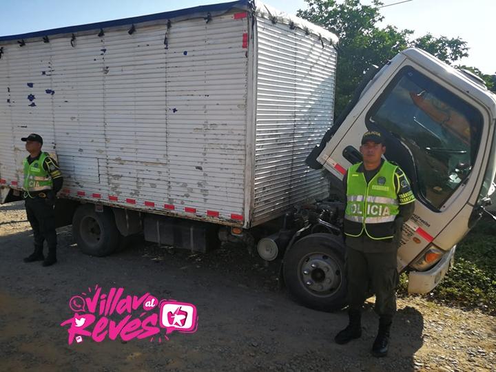 La Policía inmovilizo un camión por inconsistencias en sistemas de identificación