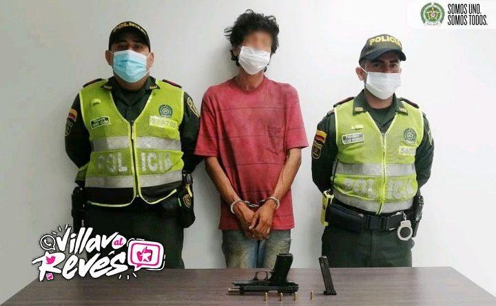 Un habitante de la calle fue capturado por tener en su poder un arma de fuego